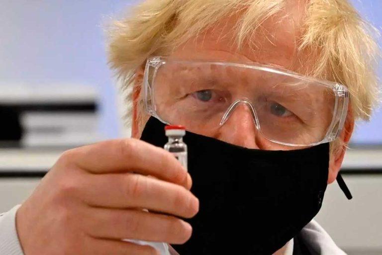 Reino Unido aprueba la vacuna de AstraZeneca y Oxford