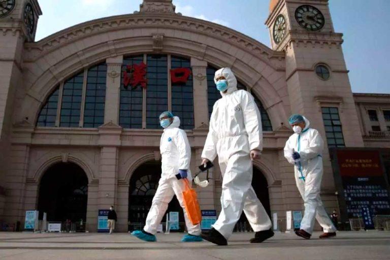 Equipo estudia origen de la pandemia