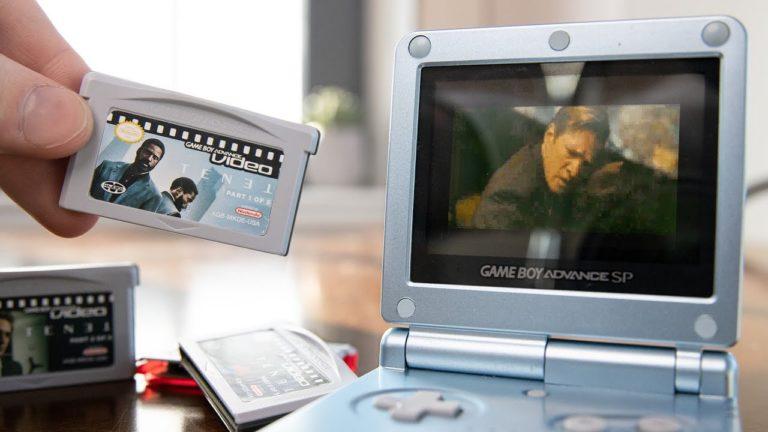 TENET vista en un Game Boy Advance